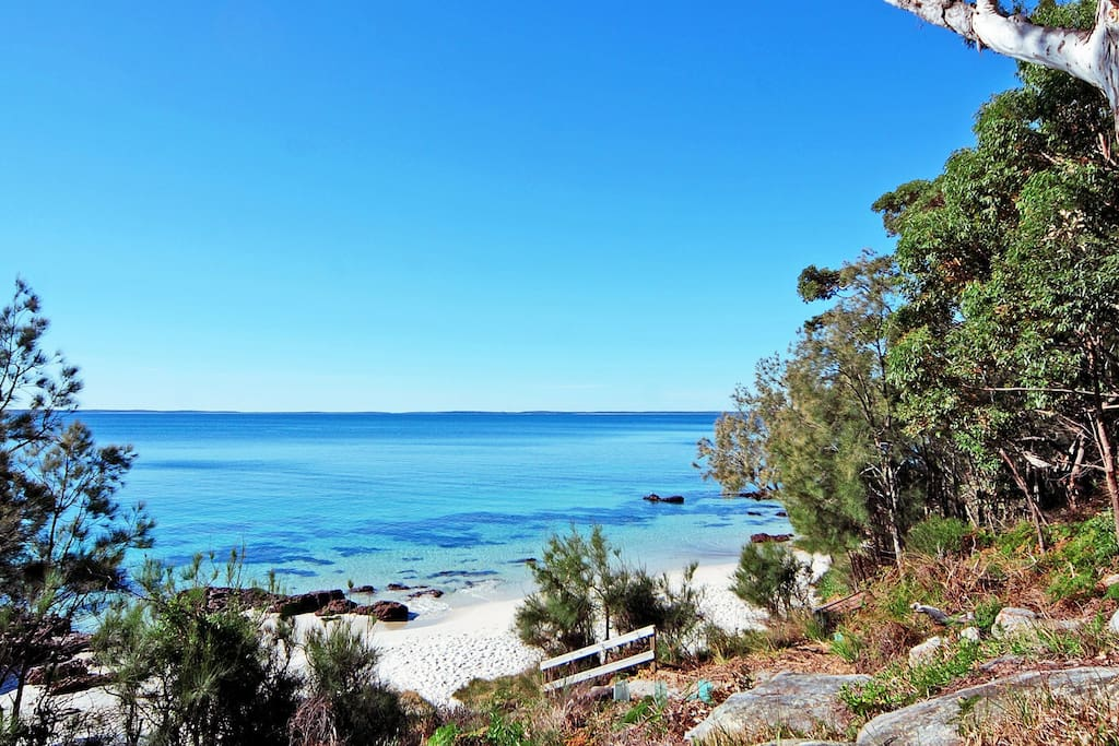 Nelson Beach - also out front