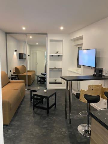 studio hyper centre dole