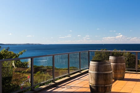 Hello Sea @ Kiama Downs