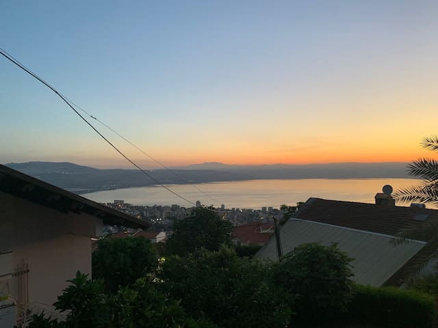 PRIVATE ROOM in house~View of Kinneret/Galilee