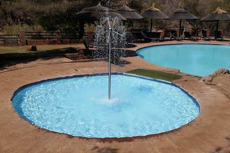 Beautiful African Bush Lodge - Bela-Bela