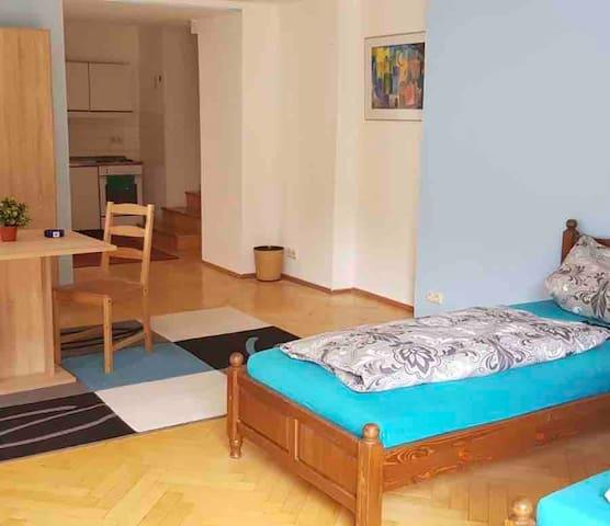 Isener Idyll - WG Zimmer mit Garten &Terrasse