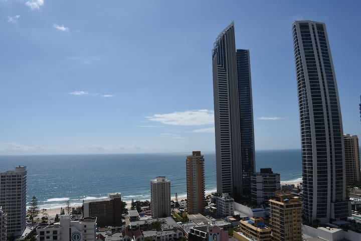 Central Surfers Paradise Ocean View private room