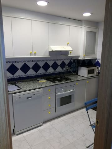 Habitación chalet a 10 min Valencia - Mas Camarena - House