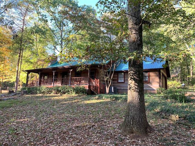 Log Cabin near Knoxville