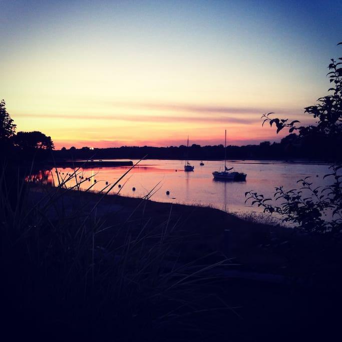 Vue sur le coucher de soleil depuis le loft