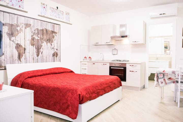 Mini appartamento 1.  Grottaferrata, RM. ID 3900