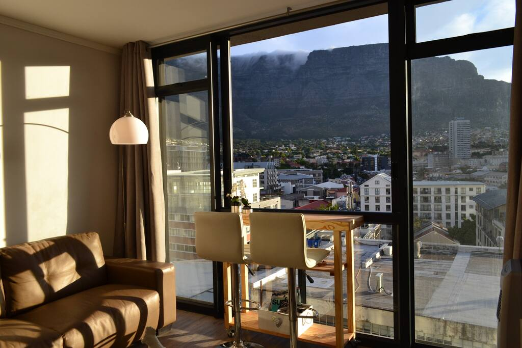 "Afternoon view of the Table Mountain with its classic ""Table Cloth"""