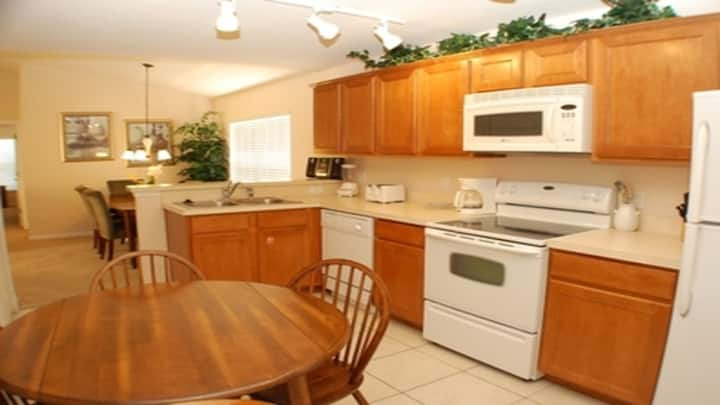 Relaxing 3 Beds Villa - 6 Miles To Disney
