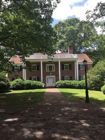 The Lodge at Twelve Oaks