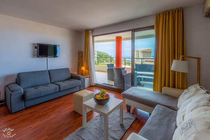 ★★ DELUXE SUITE w. Pool and Beach & Sunset views - Noumea - Daire