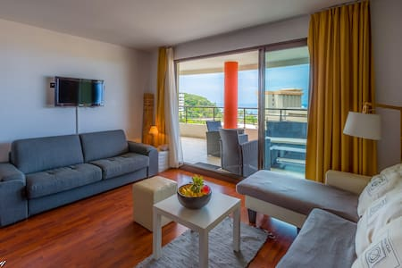 ★★DELUXE SUITE★★ Terrace+Pool Beach+Sunset views - Noumea - อพาร์ทเมนท์