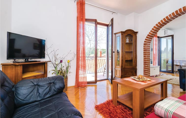 Holiday apartment with 1 bedroom on 70 m² in Kremena