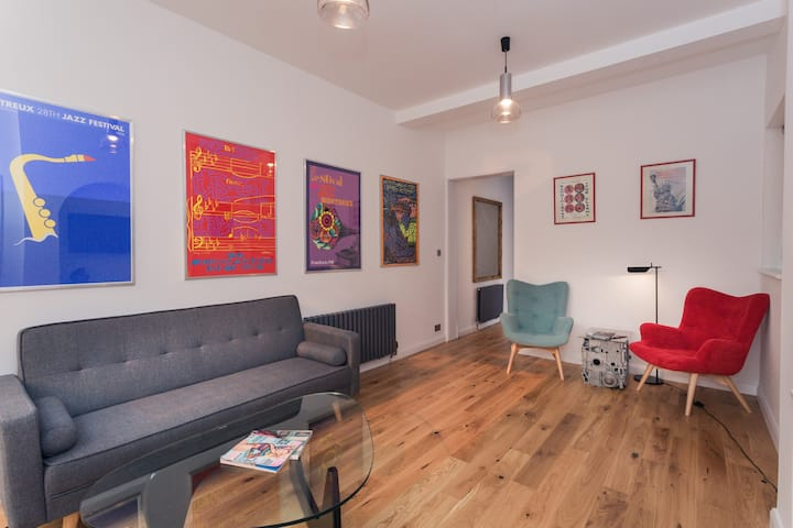 Beautiful flat with garden 6 minutes from Tube
