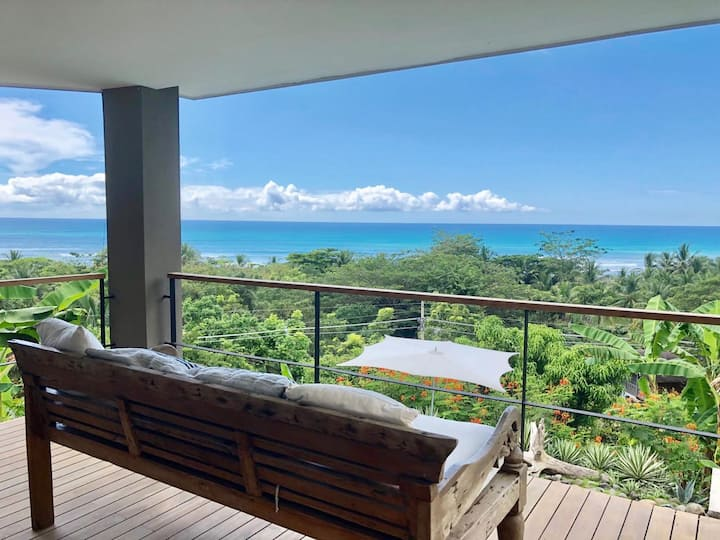 Southern Cross, Ocean View Luxury - Steps to Beach