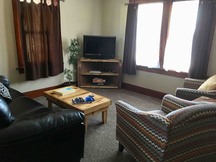 Cozy Ogallala home 10 minutes from lake