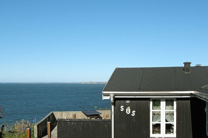 Superbe maison de vacances avec terrasse couverte à Struer