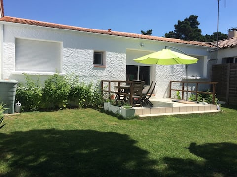 Maison avec jardin privatif