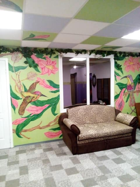 Квартира с росписью