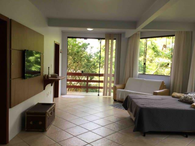 Paraíso em Florianópolis - Sambaqui