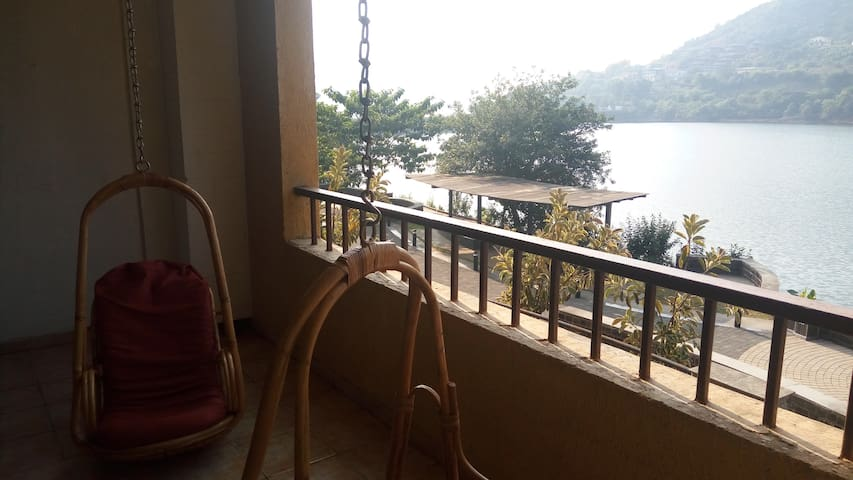 Tripvillas@ 2 BHK Apartment with Lakeview # LS17