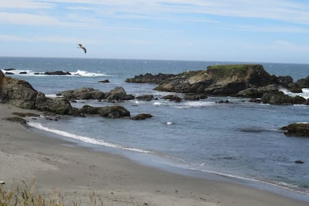 2 Minutes Walk to Shell Beach--Sept. at the Coast - Sea Ranch