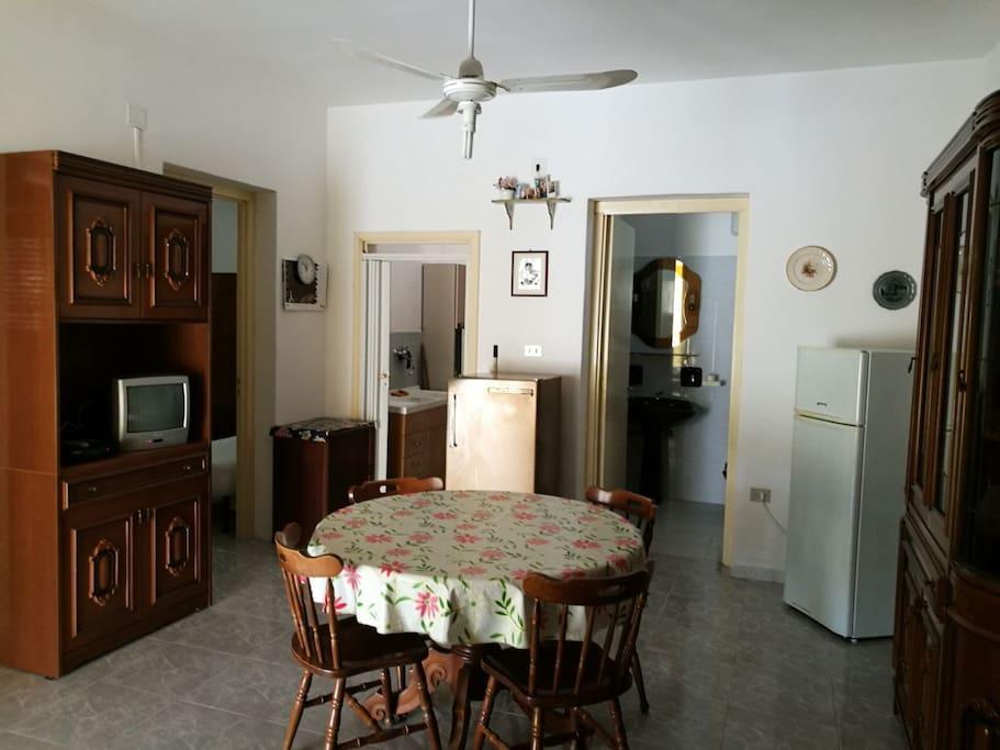 Casa gallipoli rivabella loc padula bianca houses for for Bagno 8 rivabella