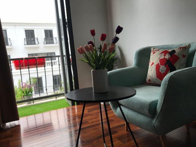 Lea House Ha Long, single room with Balcony