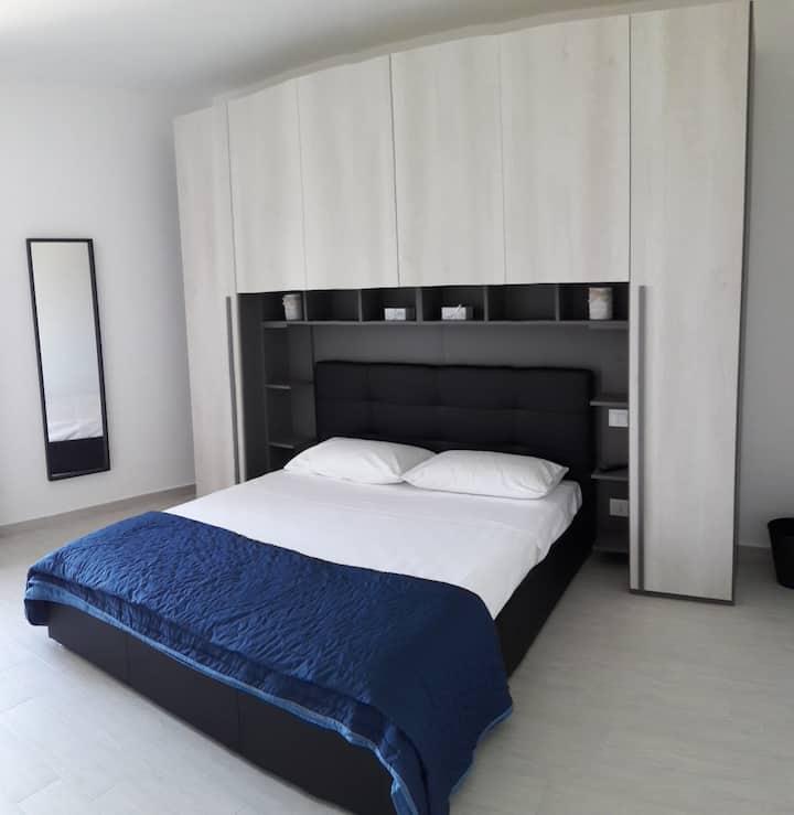 Appartamento x 2 in Via delle Mura