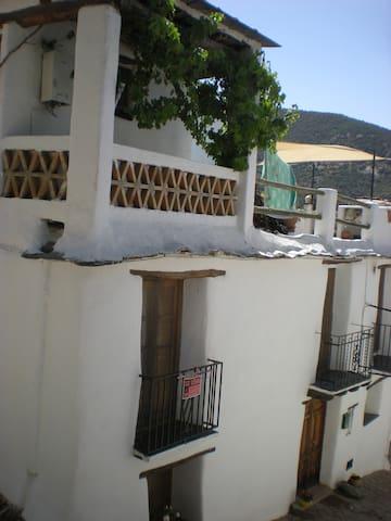 Logement au coeur d'un village de l'Alpujara - Mecina-Fondales - Apartment