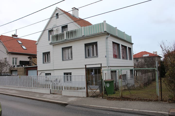 pleasant stay in Donaustadt - 22 district.