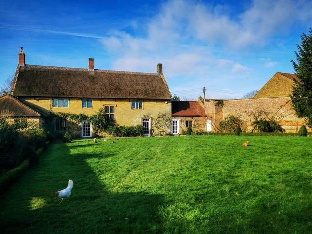 Boleyn House (UK30239)