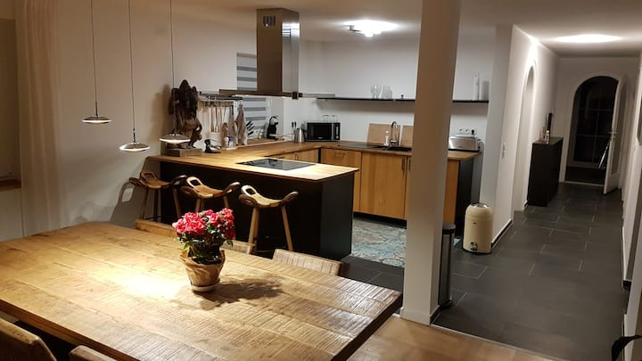 Furnished 3-room apartment