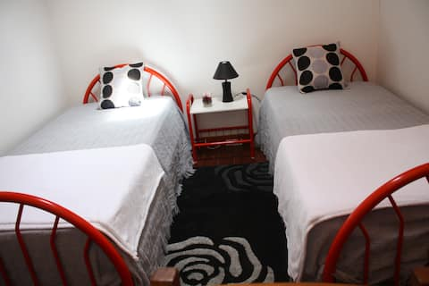 Low cost room 4