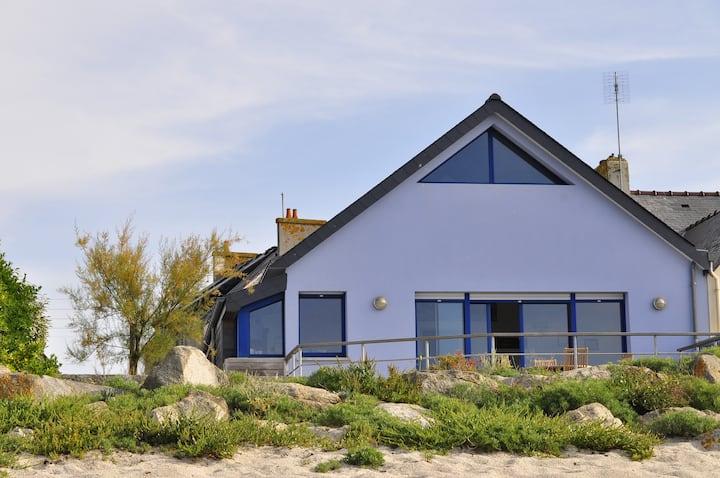Maison les pieds dans l'eau accès direct plage