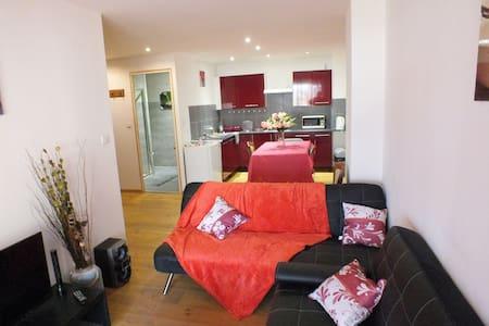 Appartement de Charmes - Charmes - Apartament