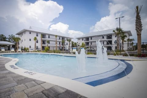 Location!  Ground level unit on world-famous 30a!