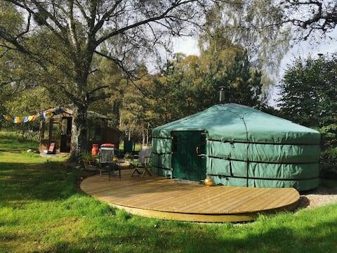 Highland Yurt off-grid Rural Retreat