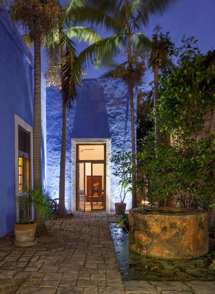 Hacienda Style   Comfort   Top LOCATION!
