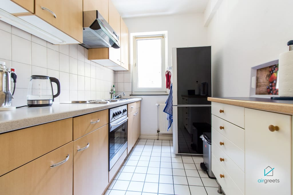 The fully equipped kitchen offers everything you need for a self-prepared meal.