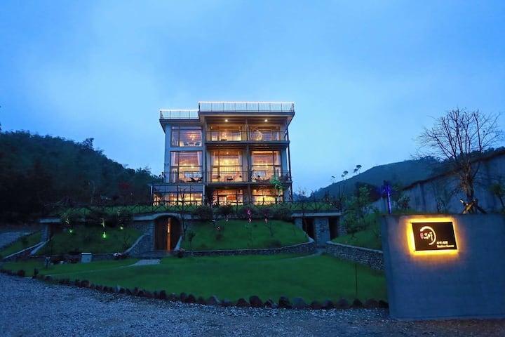 莫干山有一家四面环山,花园美宿,安静舒适,莫干山天空之境拍摄地