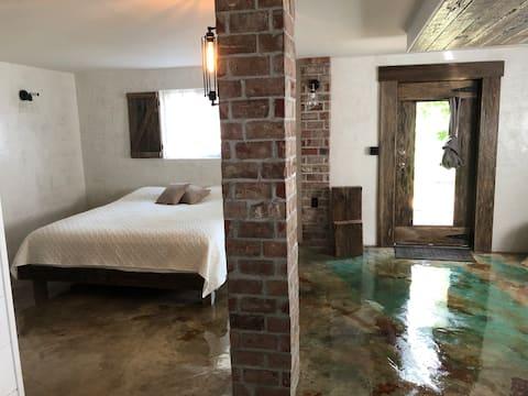 Cedar Hill-Nice Apartment close to I-64 Charleston