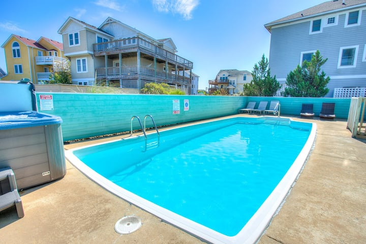 1008 Shellous * 5 Min Walk to Beach * Dog Friendly * Private Pool & Hot Tub
