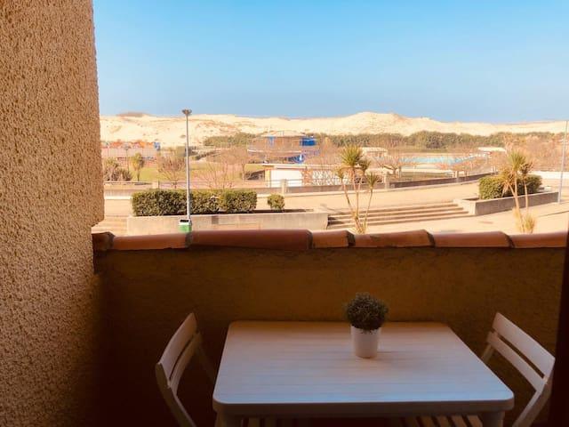 Charmant Studio avec terrasse face aux dunes