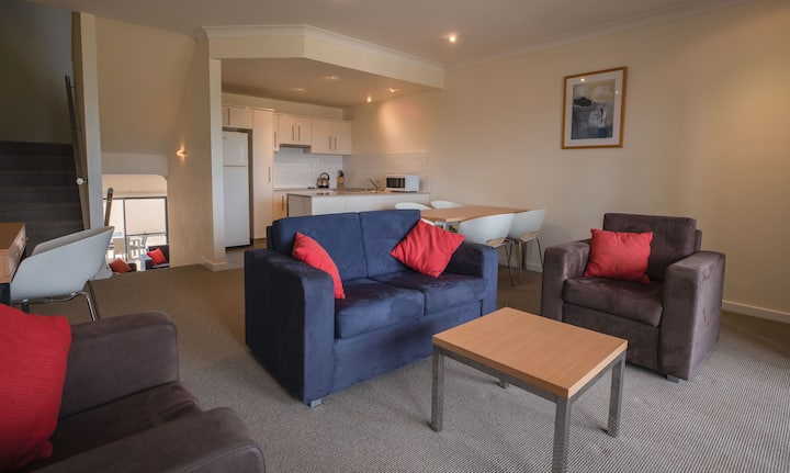 2 Bedroom Townhouse at Ozone Hotel located on the Kingscote waterfront