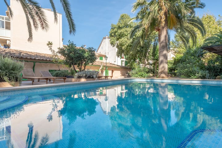 Fantastic villa in mallorquin style with pool - Can Bac
