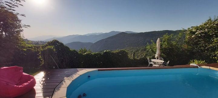 Calme, confort et très belle vue à Corsavy !