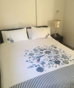 2 Roomed small cottage Self catering - Cape Town - Rumah