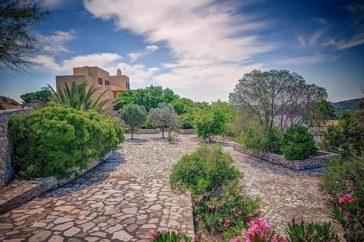 Villa Kythereia