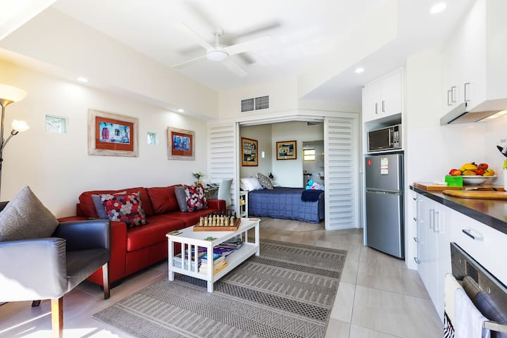 Noosa's French Quarter Resort 329 - On Hastings St